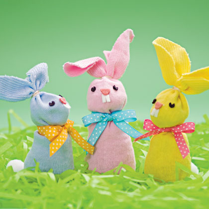 sock-hop-bunnies-spring-craft-photo-420-FF0310EFA20